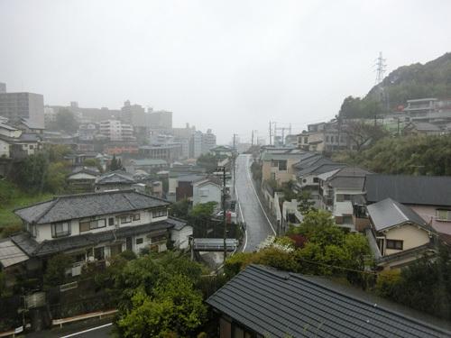 雨の朝&お散歩。