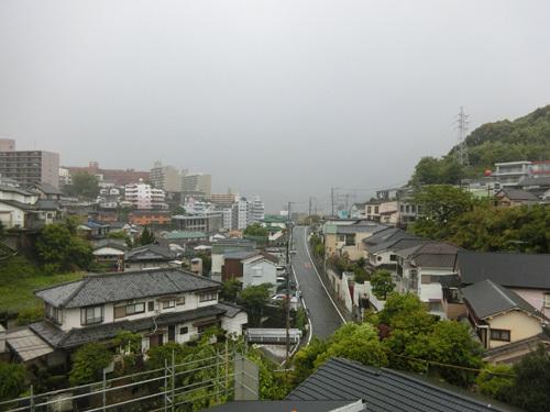 雨ですねぇ…。