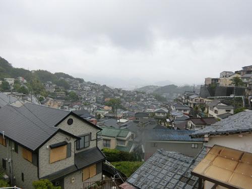 雨だねぇ~今日も。