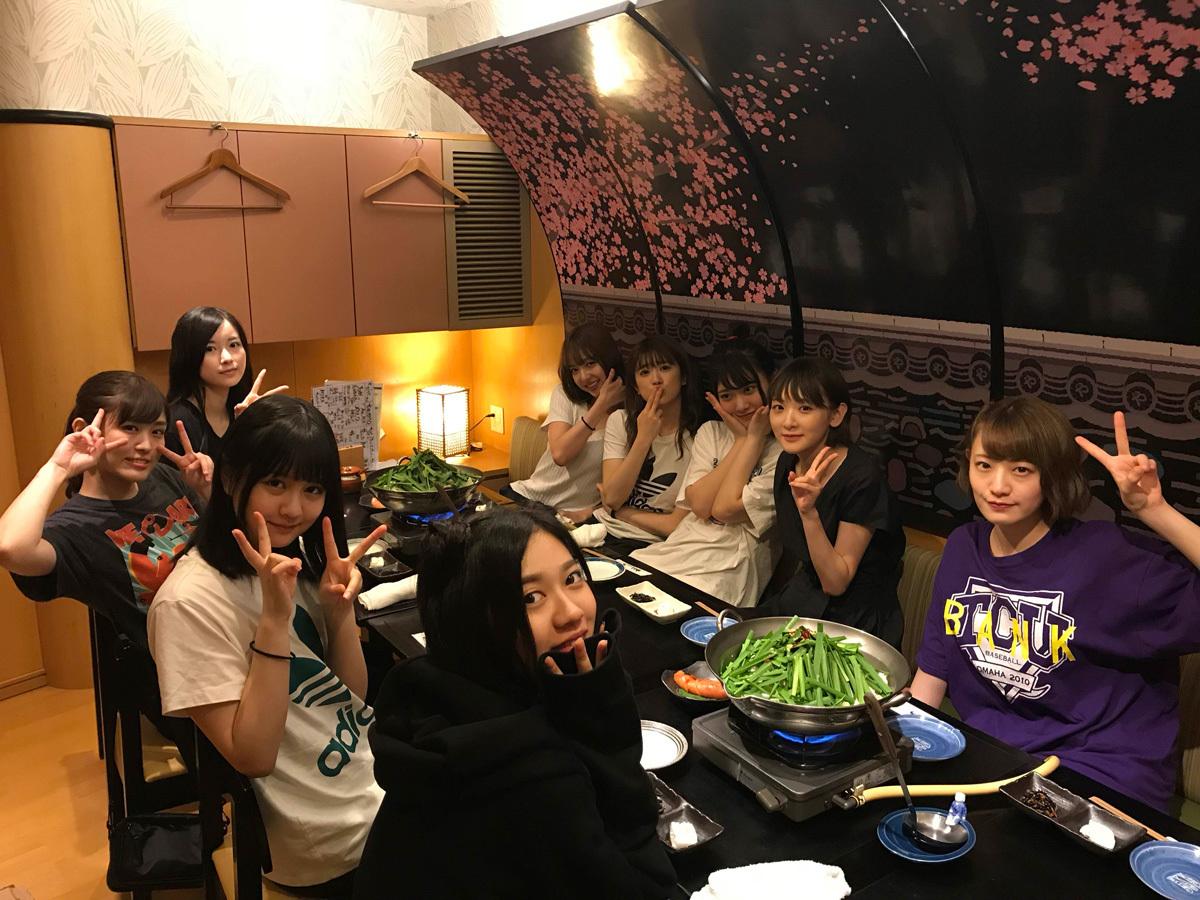 伊藤かりんブログ「第380話 ご飯会の報告。福岡編。」もつ鍋!