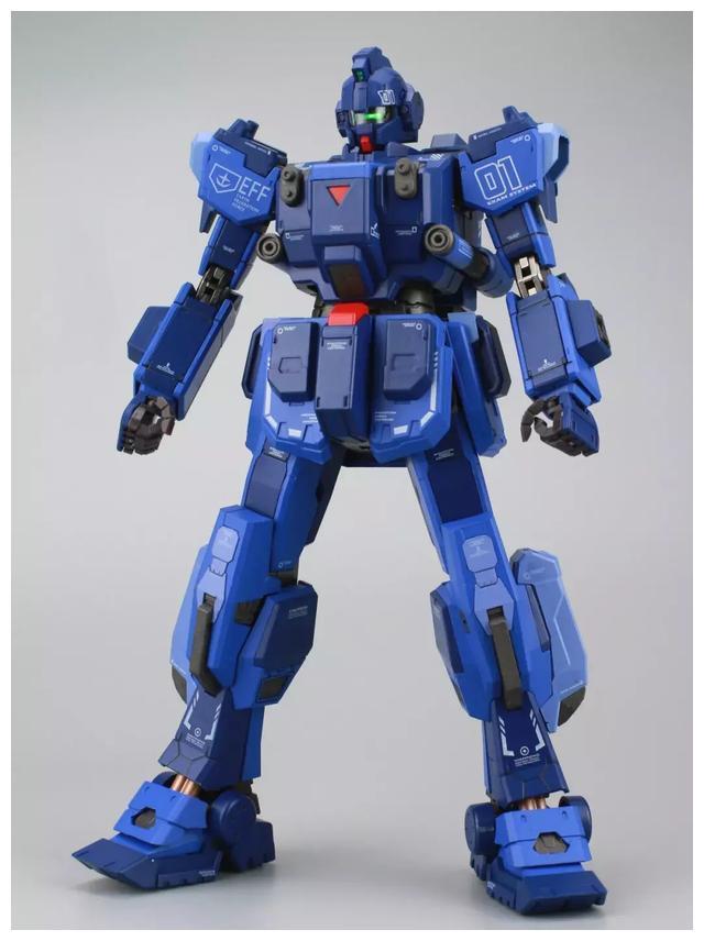 S292_FUNHOBBY_blue_destiny_inask_012.jpg