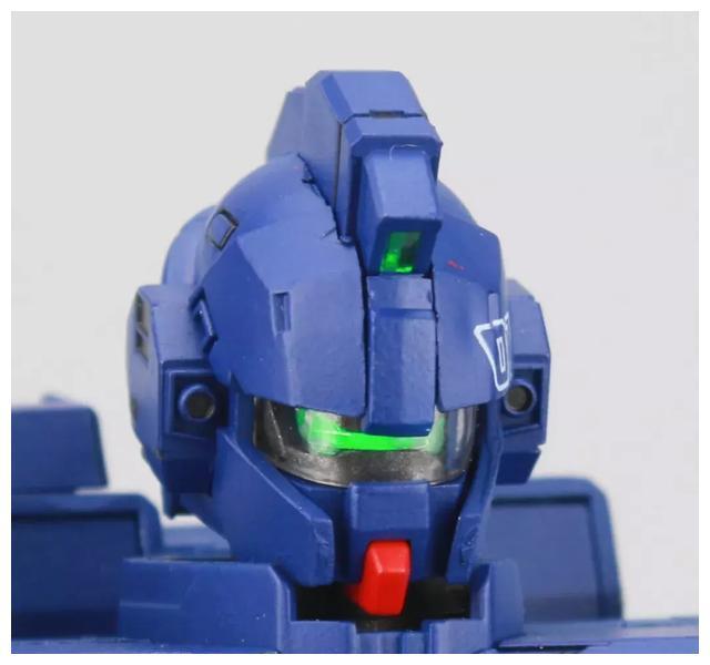 S292_FUNHOBBY_blue_destiny_inask_017.jpg