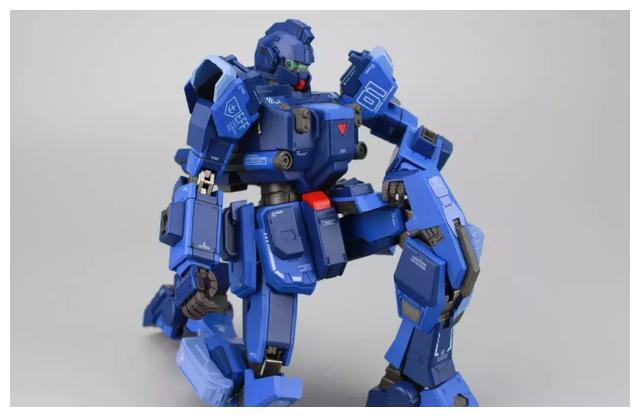 S292_FUNHOBBY_blue_destiny_inask_044.jpg