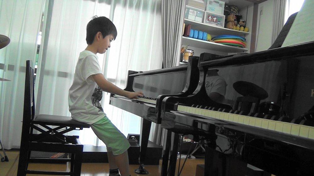 夏期短期音楽教室 ピアノレッスン コンクールに向けて
