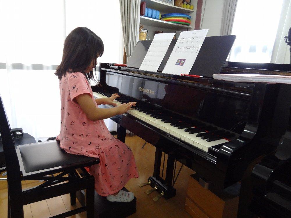 夏季短期音楽教室 小学生のピアノレッスン 初心者