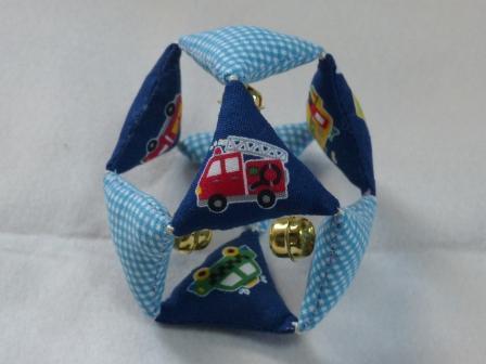 布ボール (三角) 1