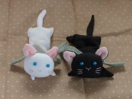 くたくた猫 (白猫 & 黒猫) 1