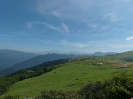 姫鶴荘のそばからの眺め 1