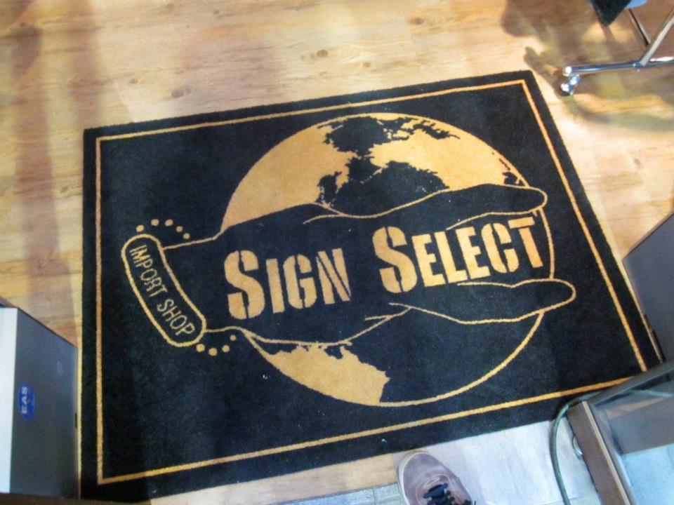 signS1.jpg