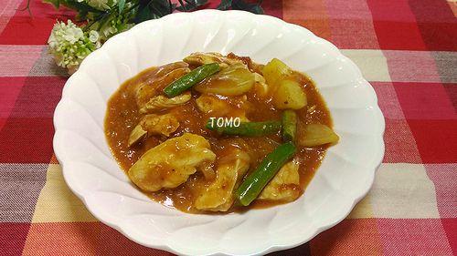 煮込み不要の鶏肉のトマト煮