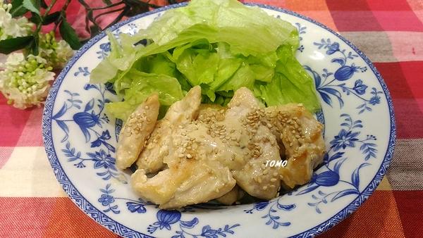 鶏むね肉のマヨ焼肉のたれ炒め