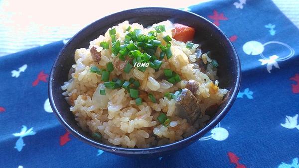 福豆と根野菜の中華風炊き込みご飯
