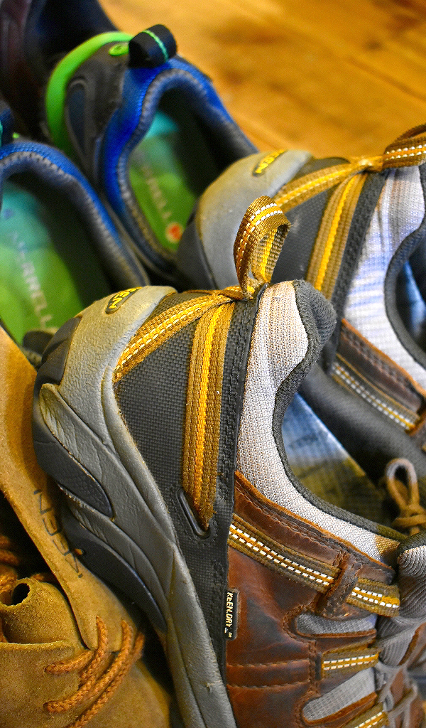 Trekking ShoesトレッキングシューズKeenキーン画像スニーカーコーデ@古着屋カチカチ012