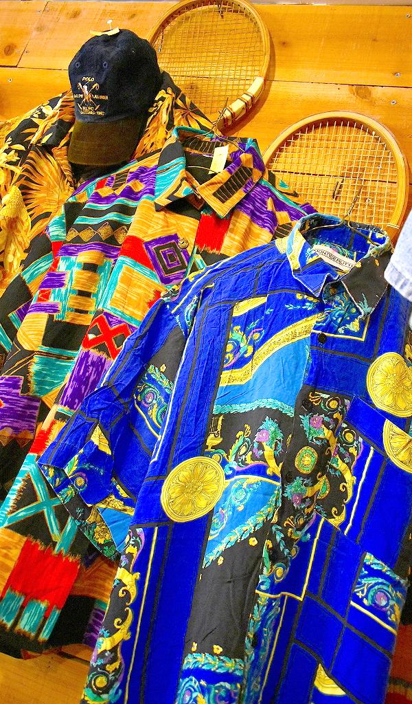 東京都北区王子ユーズドショップの古着屋カチカチ店内画像01