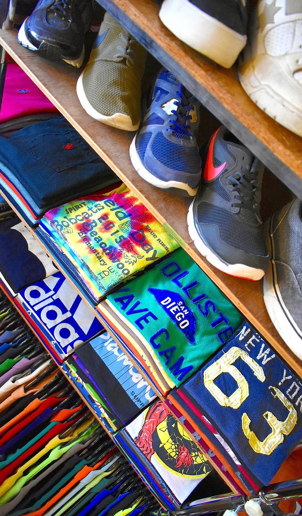 東京都北区王子ユーズドショップの古着屋カチカチ店内画像05