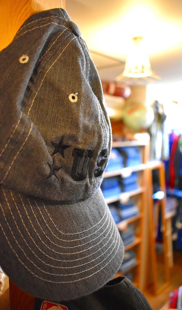 東京都北区王子ユーズドショップの古着屋カチカチ店内画像012