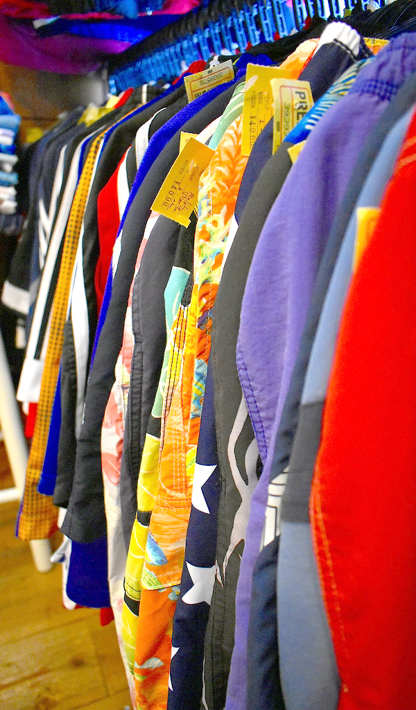 東京都北区王子ユーズドショップの古着屋カチカチ店内画像015