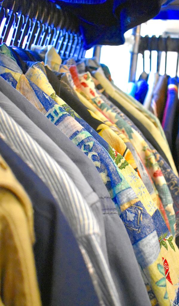 東京都北区王子ユーズドショップの古着屋カチカチ店内画像016