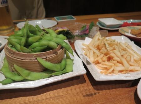 枝豆とポテトフライ