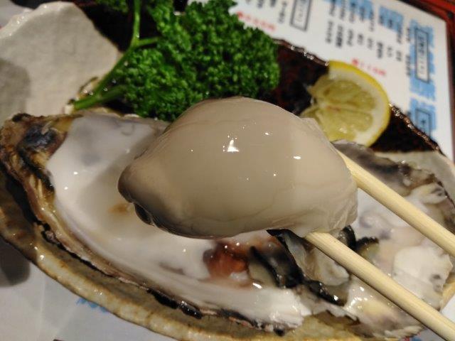 古町サンモールの岩牡蠣 (1)