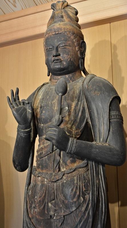 香川 正花寺・菩薩像