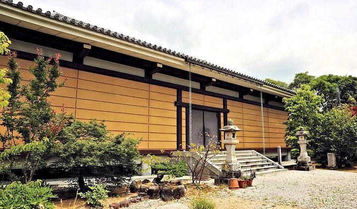 孝恩寺・収蔵庫