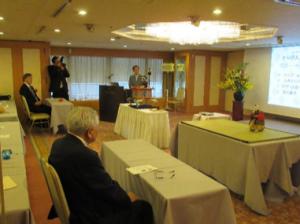 名古屋市中田市民経済局長、竹田会長も熱心に受講