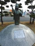 JR邑久駅 喜之助人形「雪ん子」像