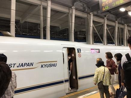 6082018 帰路博多駅さくら566S4