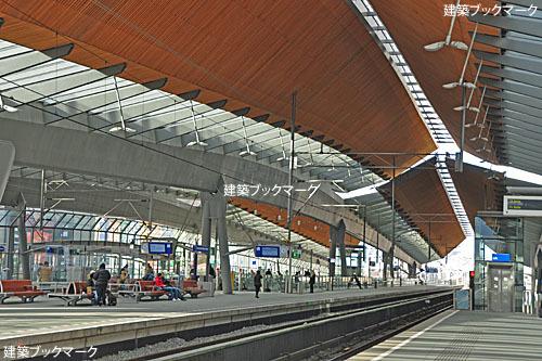 アムステルダム・ベイルマー・アレーナ駅