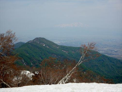 4.29 湯ノ沢岳~母狩山 053_R