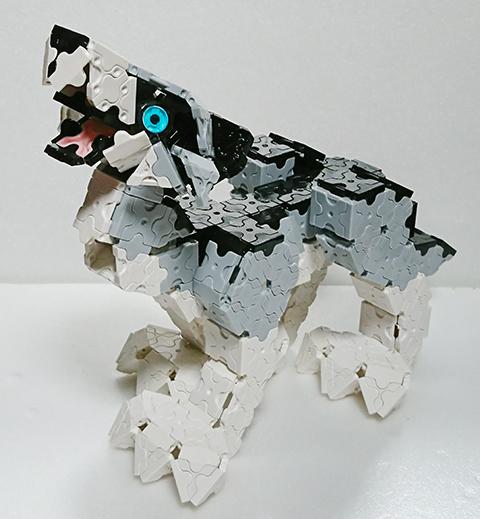 Wolf2_up000.jpg