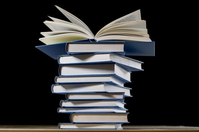 book-2852903_1280.jpg