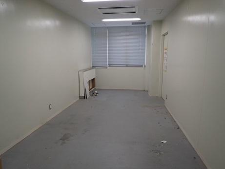 分析室、引っ越し後