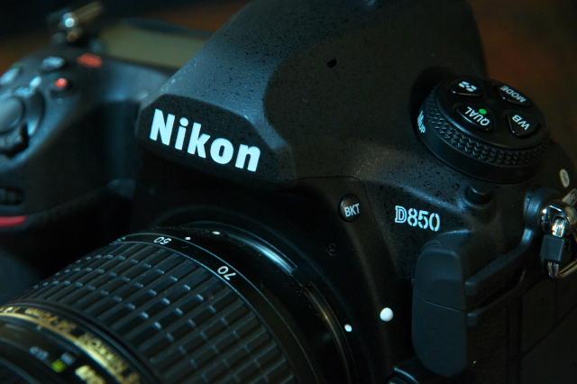 やはり。。。小さくて重くない方がいいです。Nikon D850-01