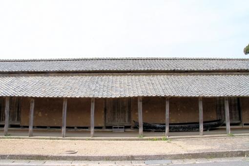 橋津の藩蔵