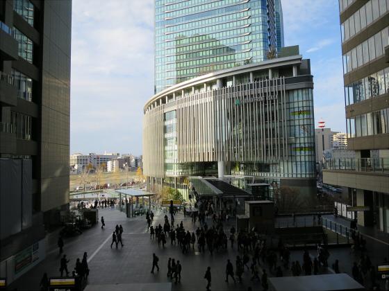 2014年頃の大阪駅など18