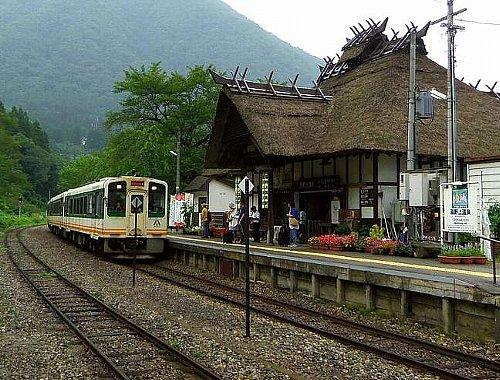 湯野上温泉駅004