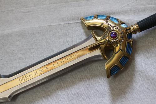 I様 フルメタル製ドラゴンクエストミュージアムverロトの剣3