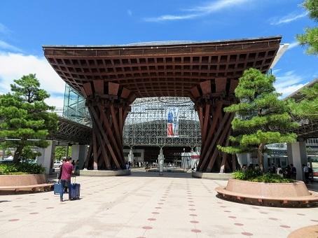 金沢駅01