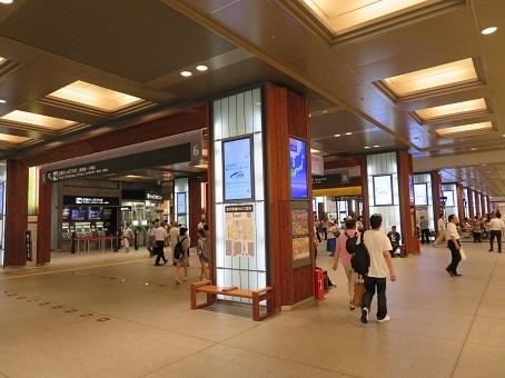 金沢駅07