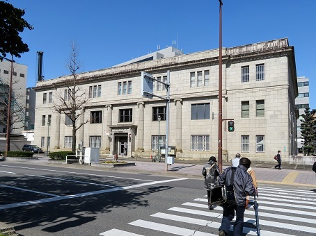 日本銀行福岡支店1
