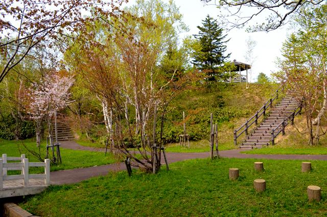 鬼志別の公園