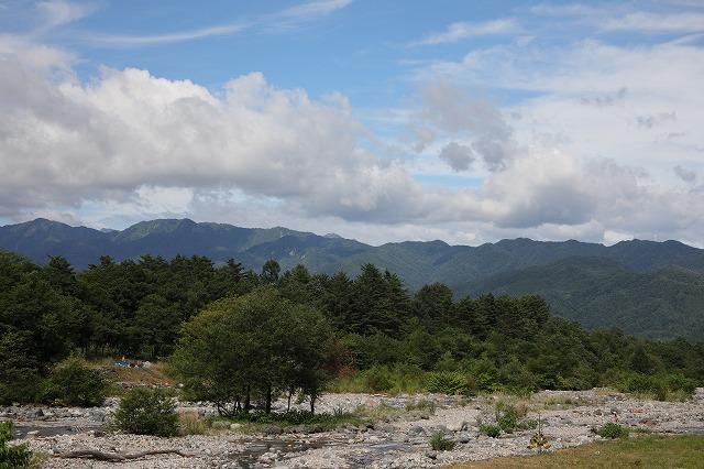 平川の景色