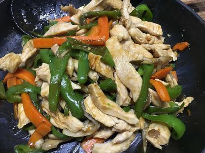 鶏胸と野菜のオイスターソース炒め