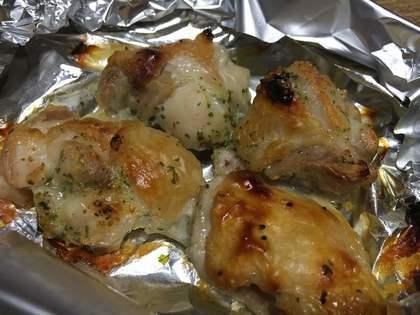 鶏モモ肉のハーブ焼き