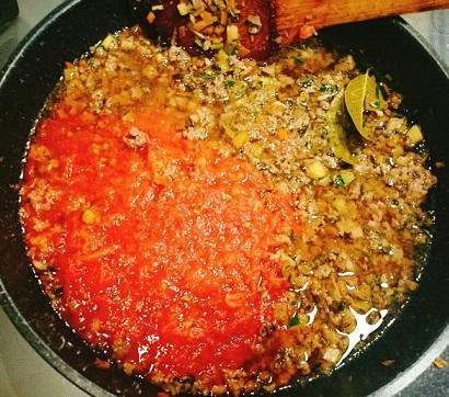 味吉陽一特製ナス巻きミートソーススパゲティ&丸井善男特製クルミ入りミートソーススパゲティ11