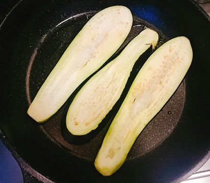 味吉陽一特製ナス巻きミートソーススパゲティ&丸井善男特製クルミ入りミートソーススパゲティ15