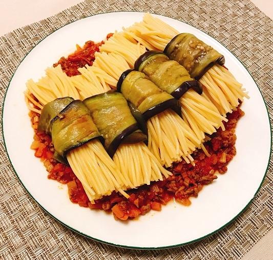 味吉陽一特製ナス巻きミートソーススパゲティ&丸井善男特製クルミ入りミートソーススパゲティ18
