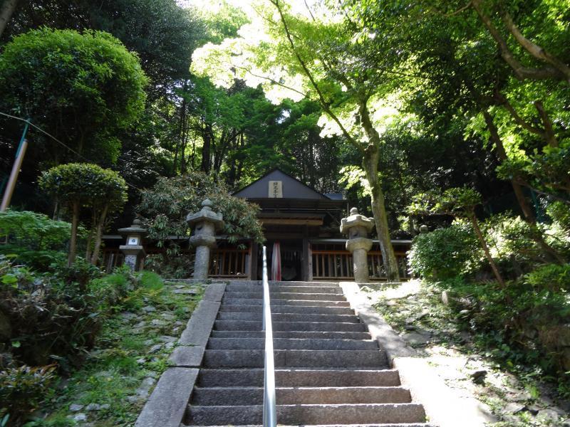 蝉丸神社9